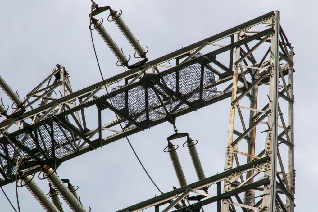 電車の鉄塔