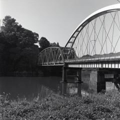 木曽川に架かる八百津橋
