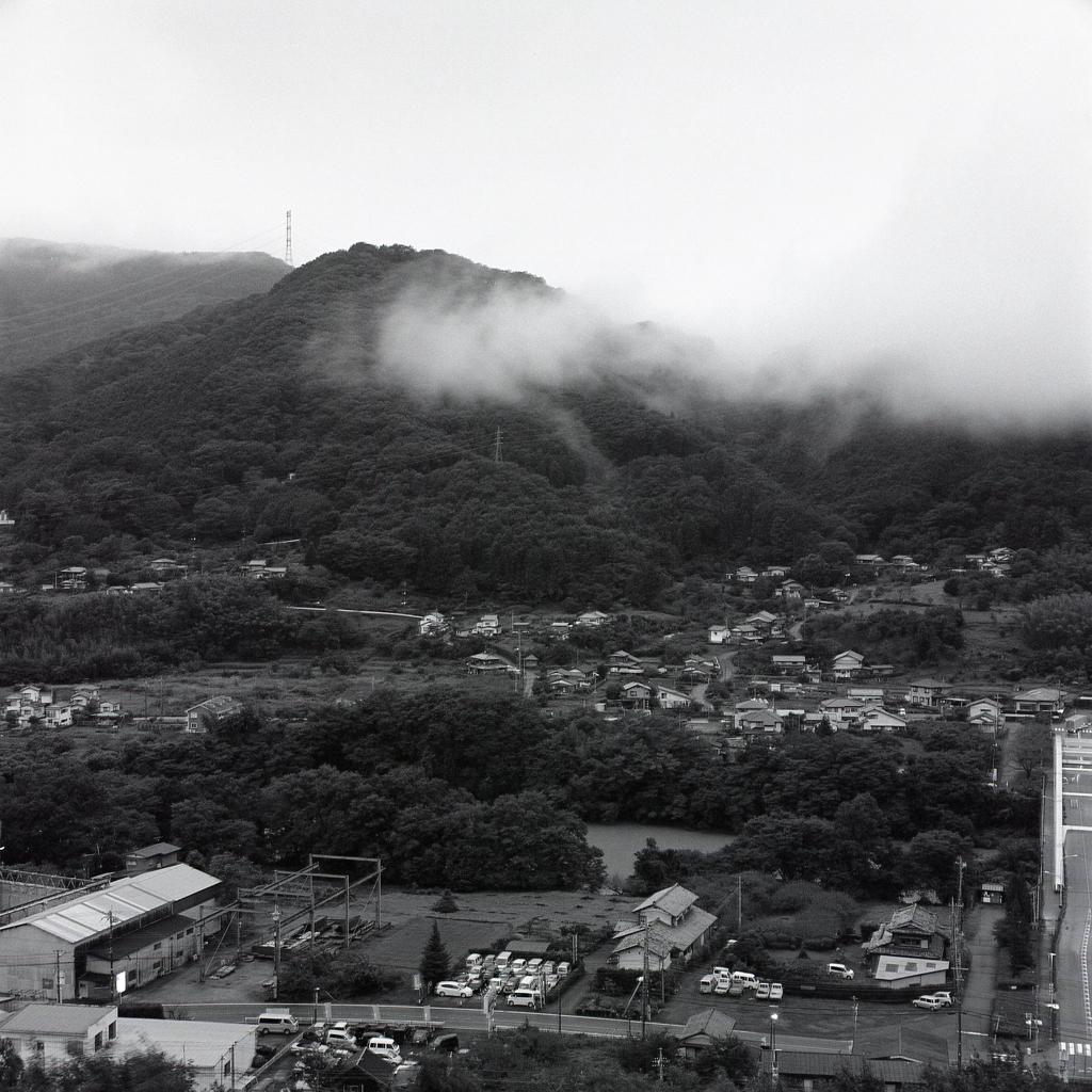 雲棚引く寄居の町