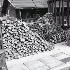 それぞれの薪