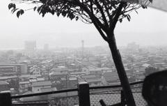 諏訪の雨風景