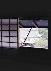 被せ戸のある障子窓