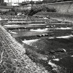 瀬戸川の段落ち流れ