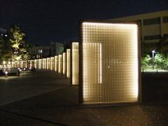 横浜 光のオブジェ (象の鼻パーク)