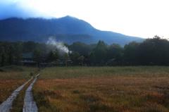 朝の山小屋