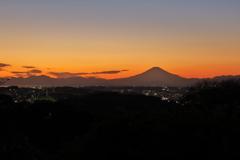 夕富士 円海山から