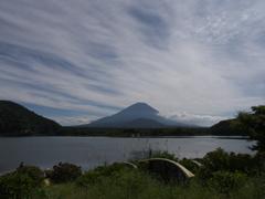 精進湖より富士