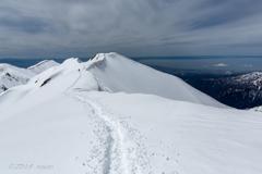 白き稜線散歩