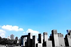 blue-sky+artificial object2