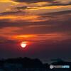 東京湾に太陽が昇る