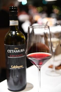 メディチ家末裔の方が作られた赤ワイン