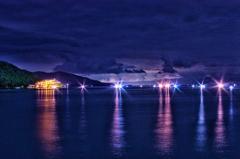 淡島と船の灯り