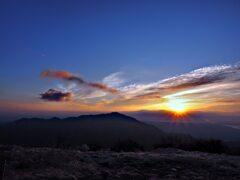 三ノ塔からの朝日