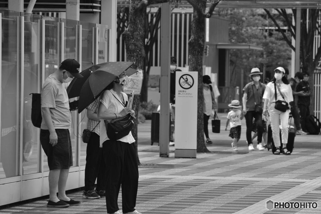 信号待ちの人々#6