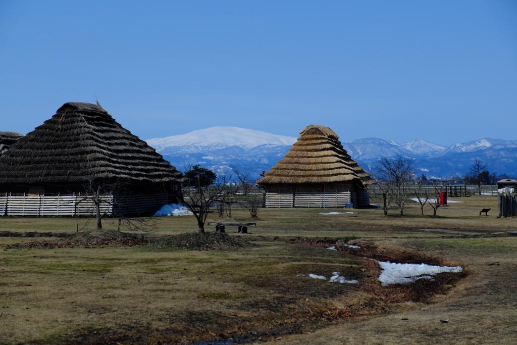 西沼田遺跡と月山