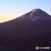 黒岳山頂から見る富士山の夜明け(2/2)