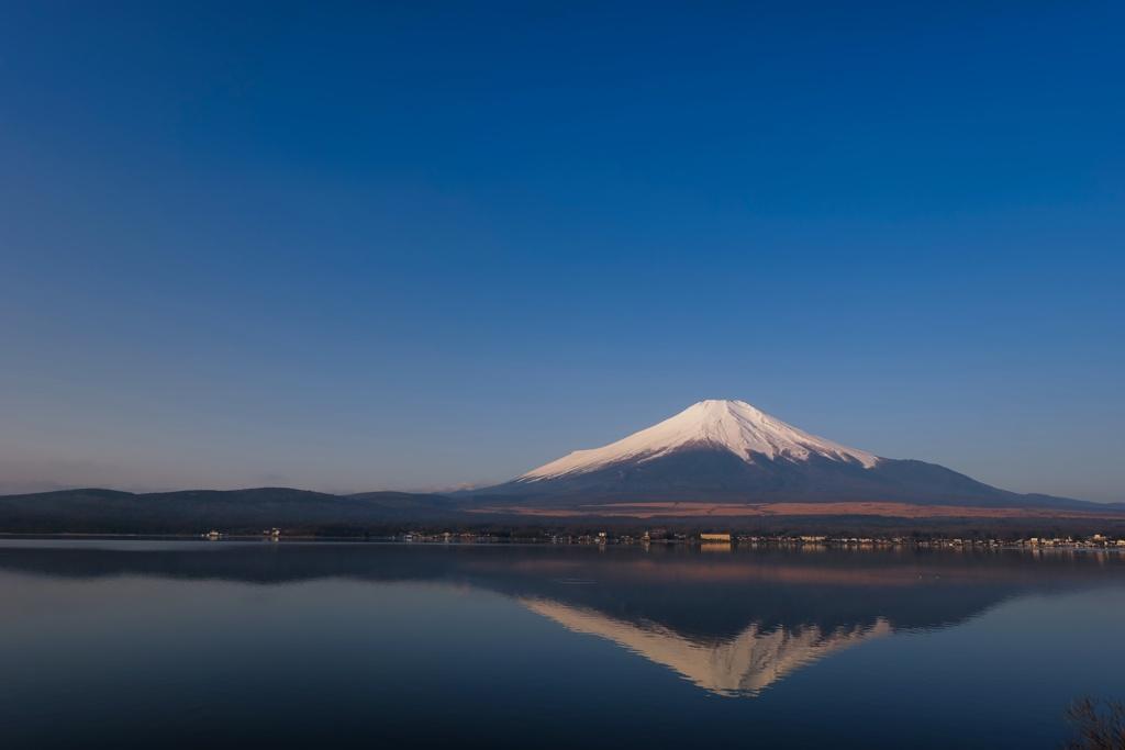 山中湖 きれいな富士