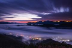 雲海と流れる雲