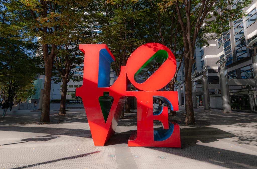 新宿・LOVEのオブジェ