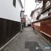早朝の倉敷美観地区「奈良萬の路地」