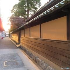 早朝の倉敷美観地区「有隣荘の裏路地」