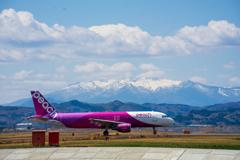 蔵王連峰と飛行機
