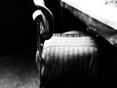 日日断章・「ひとつの椅子」が-Aug. 2021