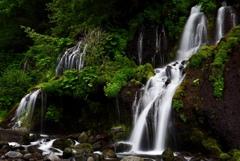 たそがれ時の川俣川渓谷*3;吐竜の滝