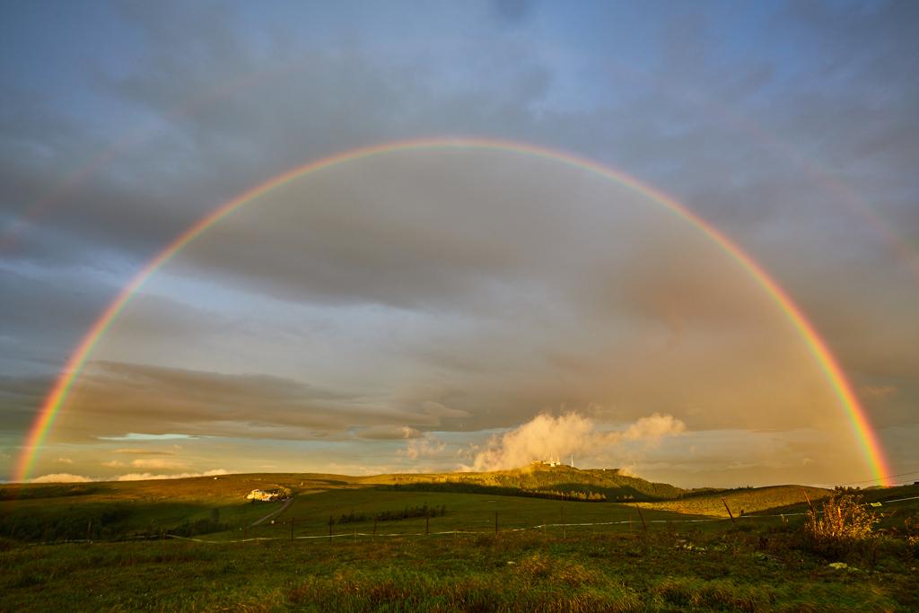 美ヶ原高原の虹