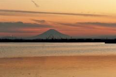 富士…夕陽に挟まれて