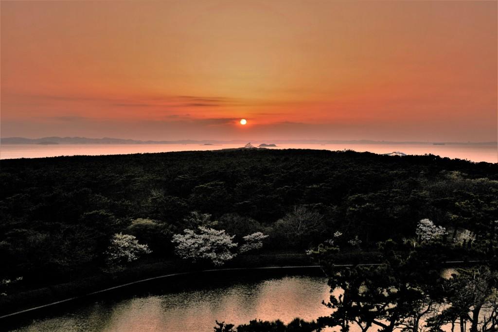 日が沈む頃…見えぬ富士
