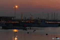 港の夕景……梅雨の晴れ間に