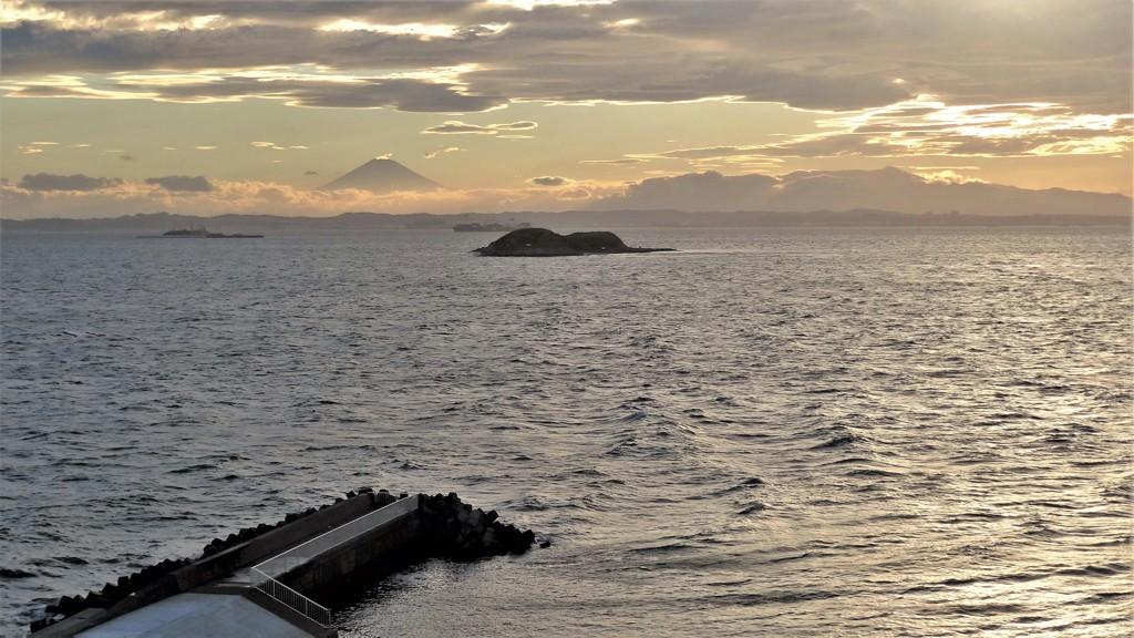 岬・海堡・富士