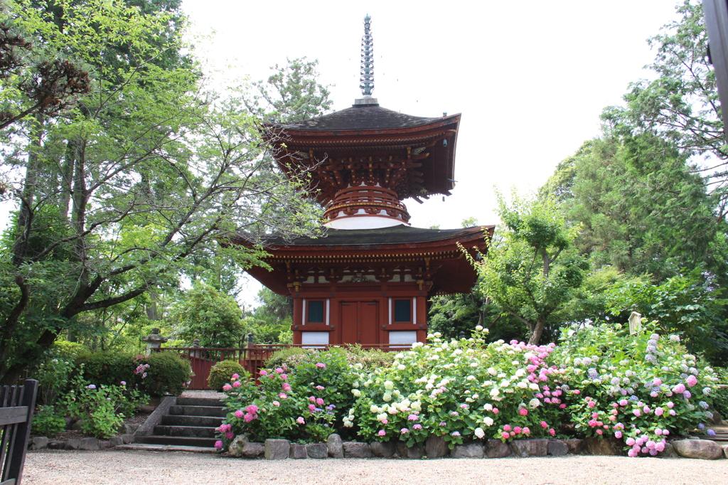 久米寺 多宝塔(重要文化財)