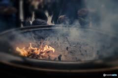 常香炉の灯し