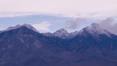 雪纏う八ヶ岳連峰
