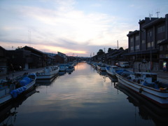 港町の夕暮れ