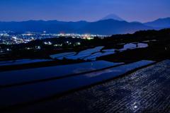 夜中の棚田