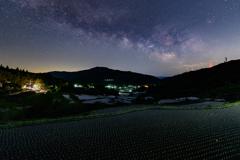 深夜の棚田風景