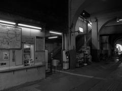 JR国道駅の構内4