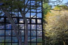 ガラスの中の妙高山