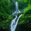 雨乞の滝(雌滝) 滝百選