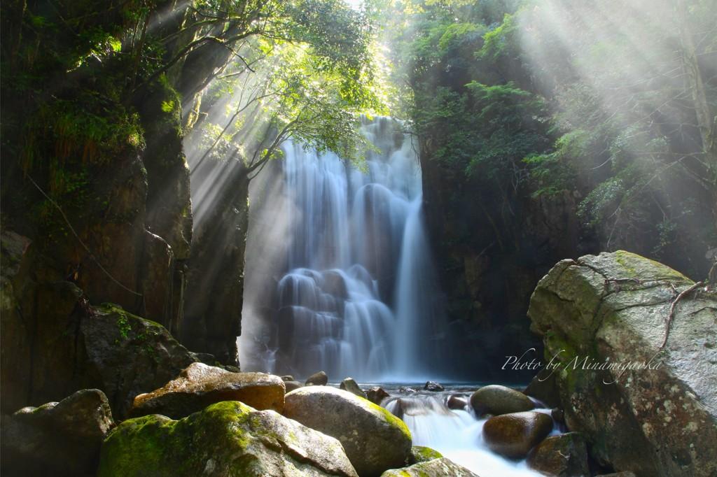 桑の木の滝(熊野古道)