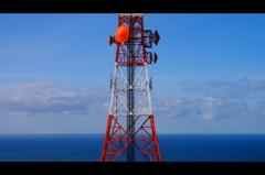 テレビ塔と日本海