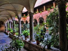 ローマの中庭