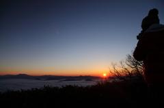 日の出を狙って