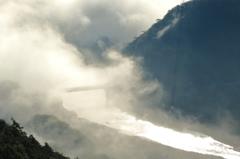 霧立つ長良川
