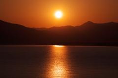 唐津湾の夜明け