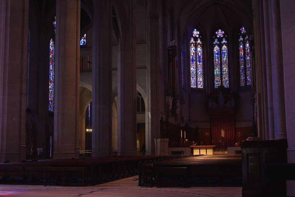 グレース大聖堂の中