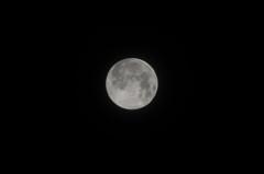 2013_07_23 AM01:27 横浜からの満月